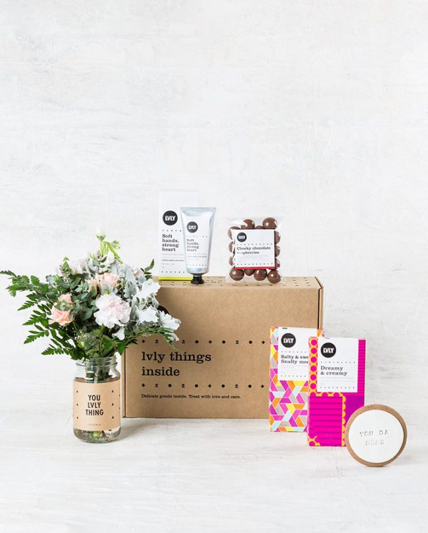 Flowers and Chocolate Gift Pack